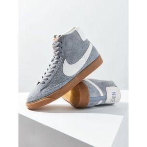 Nike Blazer Vintage Suede Sneaker